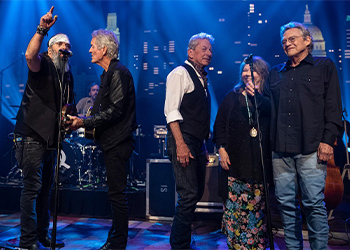 Steve Earle & the Dukes on the stage at Austin City Limits