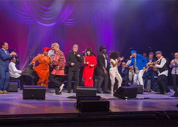 """The cast of the 2017 International Jazz Day All-Star Global Concert performs their finale, a rendition of John Lennon's iconic """"Imagine,"""" at the Gran Teatro de La Habana in Havana, Cuba."""