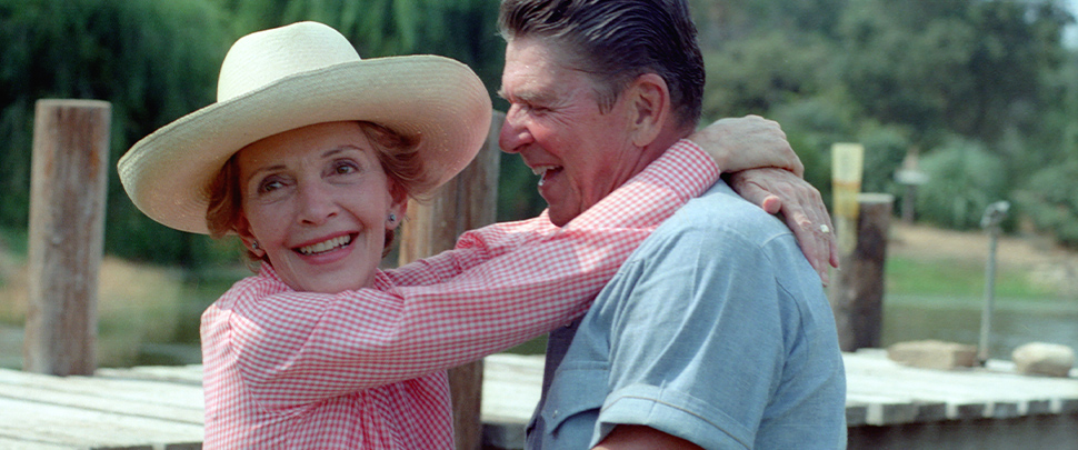 President Ronald Reagan and Nancy Reagan during a photo session by photographer Harry Benson for LIFE Magazine at Rancho Del Cielo in California. 08/17/1983.