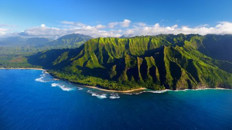 Aerial view of the spectacular Na Pali Coast in Kauai, Hawaii.